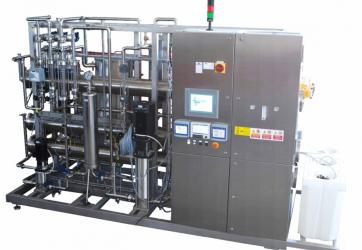 Reverse Osmosis Double Pass with pre-filtration, treatment with Ozone, capacity 3m3/h (angle)