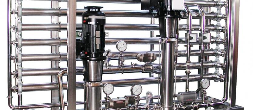 Ultrafiltration with double pump